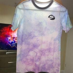 boy Nike shirt